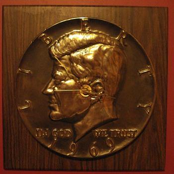 Vintage JFK Wall Clock 1969 Liberty Half Dollar Kennedy Memorabilia - Clocks