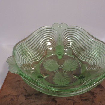 Glass bowl by Josef Inwald - Art Glass