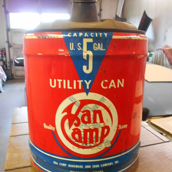 Van Camp hardware 5 gallon can Indy - Petroliana