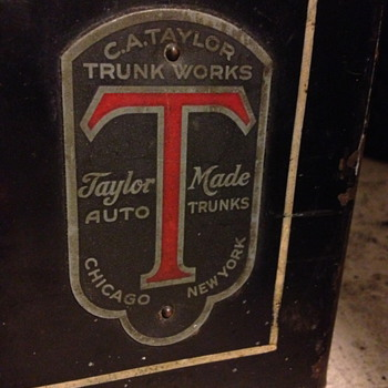 C. A. Taylor Auto Trunk