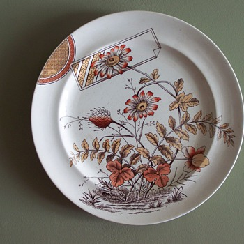 English Aesthetic period plate Clover pattern c.1880? - China and Dinnerware