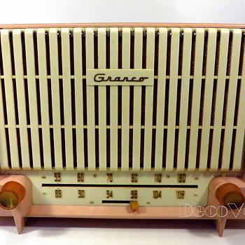 Granco 730A Tube Radio Circa 1955 - Radios