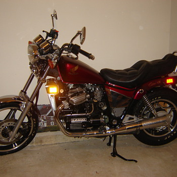 ONLY ONE IN THE ENTIRE WORLD - 1980 Honda 650 Classic - ORIGINAL 340 miles - value? anyone? - Motorcycles