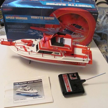 Radio Control Fire Boat from Radio Shack