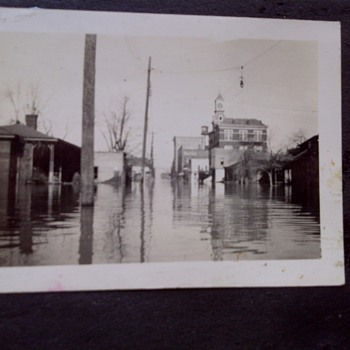 The 1937 Flood of Paducah Kentucky - Photographs