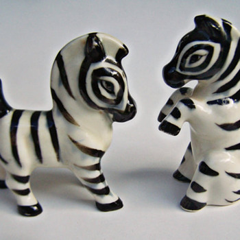 ShakeThatThang Zebra Shakers TOO Cute!