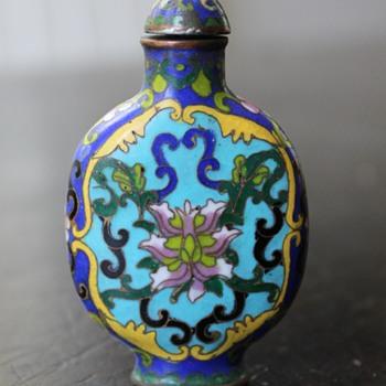 Qianlong Cloisonne Snuff Bottle - Asian