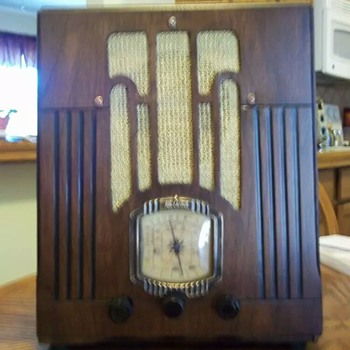 Air Castle tombstone radio