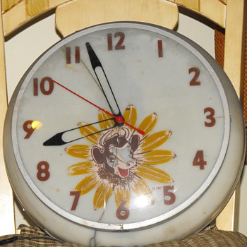 Old Borden's Elsie the cow light-up clock - Advertising