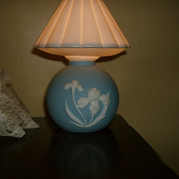 SMALL BEDSIDE LAMP - Lamps