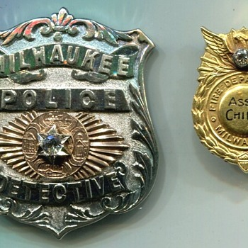 Milwaukee's  22 Year Presentation Badges - Firefighting