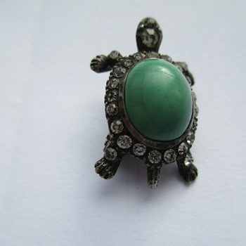 Does anyone know anything about this little chap? - Fine Jewelry
