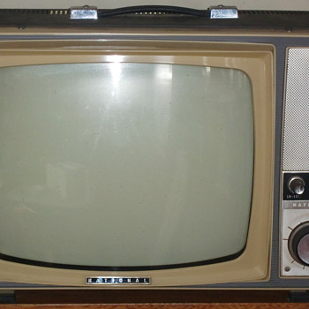 "National 15"" portable b&w tv set"