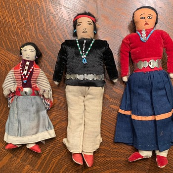 Old Dolls  Looking for Help ID.  - Dolls