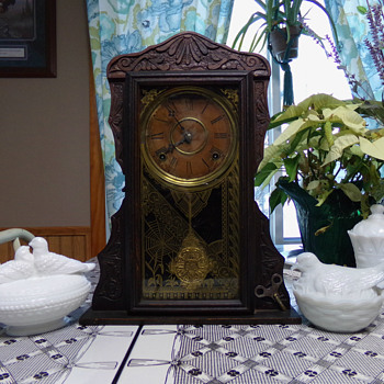 Antique Gilbert Clock with SPIDER - Clocks