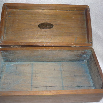 wood box, canteen