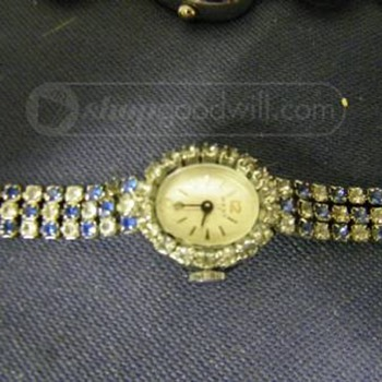 OLD WEST 17 WATCH WITH BLUE AND CLEAR STONES. - Wristwatches