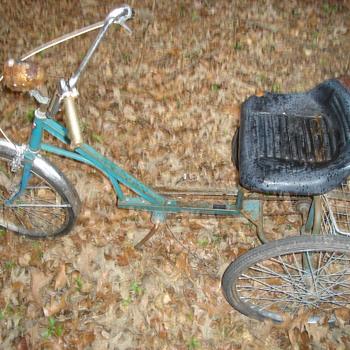 older 3 wheel bicycle