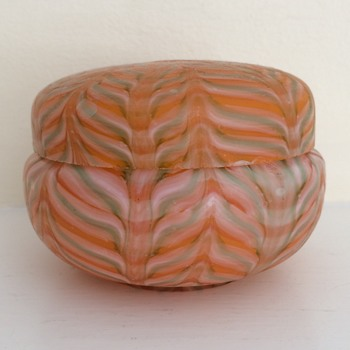 Feathered satin glass powder bowl - a mystery - Art Glass