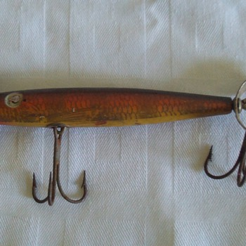 "old wooden ""Shakespeare"" lure"