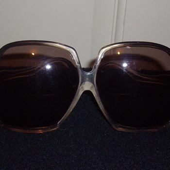 Vintage designer sunglasses. - Accessories