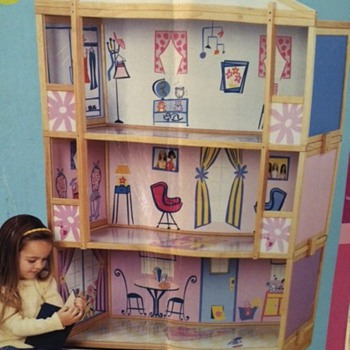 Barbie Storage House