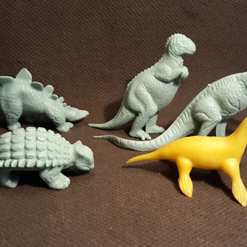 Marx Medium Mold Group Dinosaurs Plus an MPC Kronosaurus - Toys