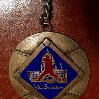 WASHINGTON SENATORS KEY FOB 1957-1960 - Baseball