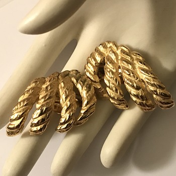 1934 Gold Color Vintage Earrings...Maybe? - Costume Jewelry