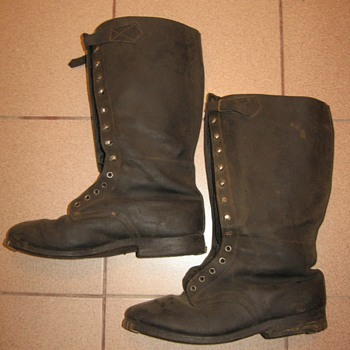 World War II boots ? - Military and Wartime
