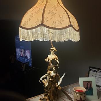 L & f lamp found - Lamps