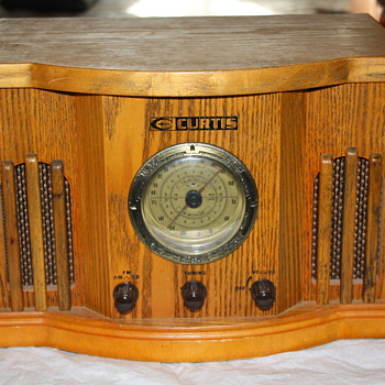Curtis Reproduction Radio & CD Player - Electronics