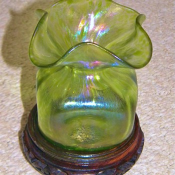 Art Nouveau Loetz Diana Ciselé Iridescent Christopher Dresser Design Vase  - Art Glass
