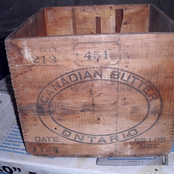 Canadian wooden butter box. - Advertising