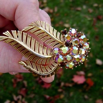 Trifari Palm Frond Brooch - Costume Jewelry
