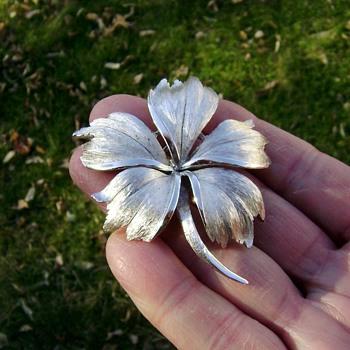 Trifari Floral Leaf Pin - Costume Jewelry