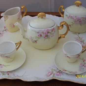 Maw Maws Tea Set
