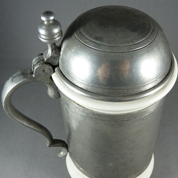 A continental porcelain pewter mounted tankard. Early 19th. Century ? - Breweriana