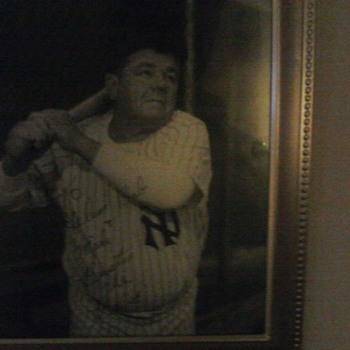 ORIGINAL AUTOGRAPHED BABE RUTH PICTURE FROM 1930