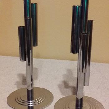 pair of CHASE CO. art deco chrome bud vases, 1942 - Art Deco