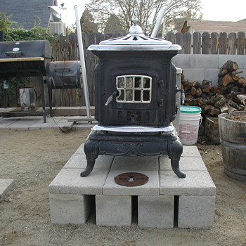 "My new ""patio"" stove. =) - Kitchen"