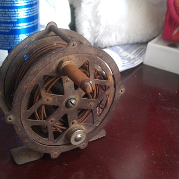 Unknown Antique Fly Fishing Reel - Fishing
