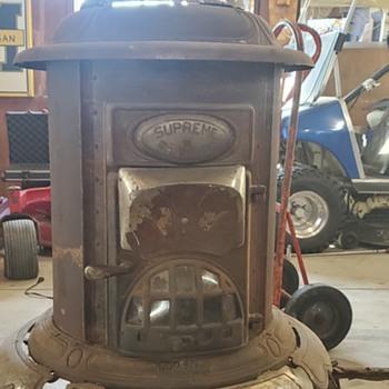 Supreme Renown stove - Kitchen