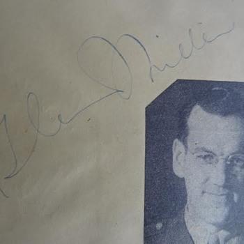 Glenn Miller, Bob Hope +++ autograph booklet - Music Memorabilia