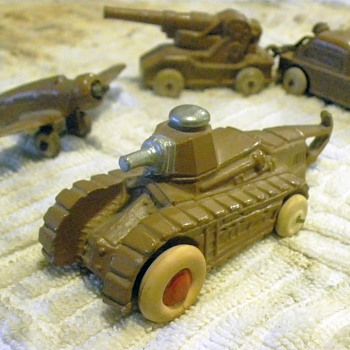 Barclay Renault FT Tank, Lookin' Lovely in Lead... and rubber.  - Model Cars