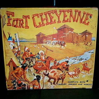 Ideal Fort Cheyenne Vinyl Carrying Case Western Playset Late 1960s - Toys