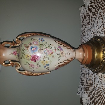 My Favorite  Lamp, do not know it's value or the maker - Lamps