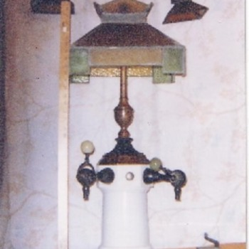 Leaded Glass Soda Fountian - Spigot with Side Lamps