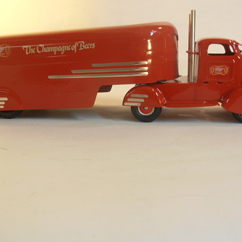 Custom 1930's Streamlined COE Beer Truck - Model Cars