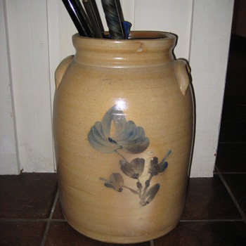 late 1800's 4 gallon crock - Pottery